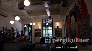 Foto 10 - Interior di Tuang Coffee oleh Mich Love Eat