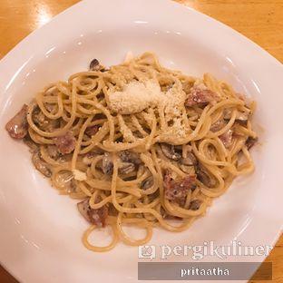 Foto review Senator Cafe & Bistro oleh Prita Hayuning Dias 1