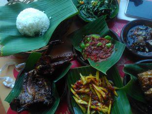 Foto 1 - Makanan di Waroeng SS oleh Dwi Styo Purwoko