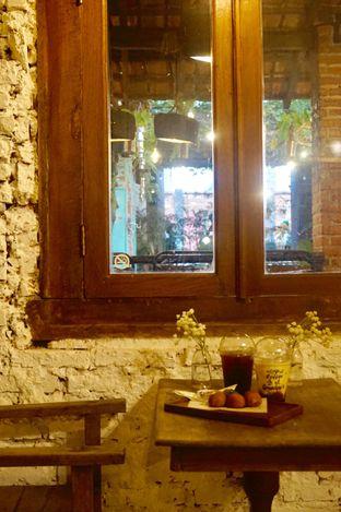 Foto 17 - Interior di Ol' Pops Coffee oleh yudistira ishak abrar