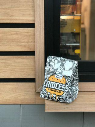 Foto 2 - Makanan di Lawless Burgerbar oleh yudistira ishak abrar