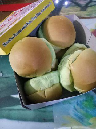 Foto 4 - Makanan di Roti Srikaya Tet Fai oleh Fuji Fufyu