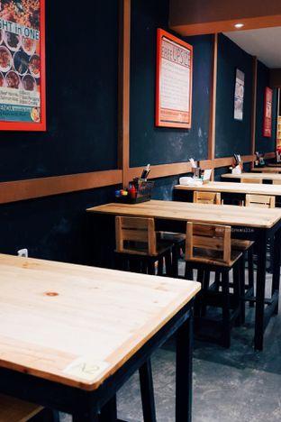 Foto 3 - Interior di Ncek Legenda Noodle Bar oleh Indra Mulia