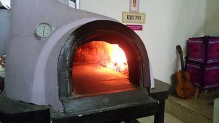 Foto 1 - Interior(Ini dia tungkunya) di LaCroazia Pizza Bakar oleh Rati Sanjaya