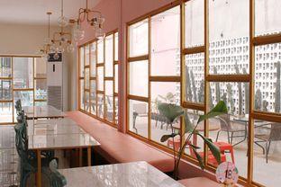 Foto 3 - Interior di Lumer+ oleh IG: @delectabletrip