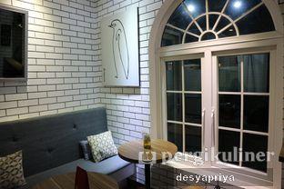 Foto 6 - Interior di Qubico Coffee oleh Desy Apriya