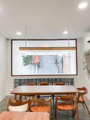 Foto 9 - Interior di Lanell Coffee oleh houseofoodies