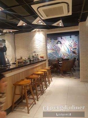 Foto 6 - Interior di Brouwen Coffee & Kitchen oleh Ladyonaf @placetogoandeat