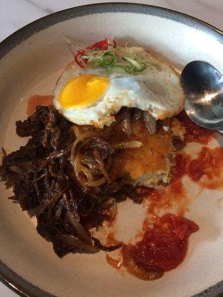 Foto 4 - Makanan(Spanish Pulled Beef Potato) di Maketh Coffee & Eatery oleh Elvira Sutanto