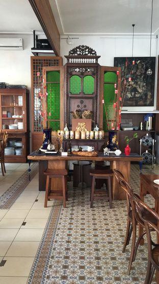 Foto 13 - Interior di Pantjoran Tea House oleh Deasy Lim