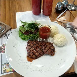 Foto 2 - Makanan(Local tenderloin steak) di Justus Steakhouse oleh Rizka amalia