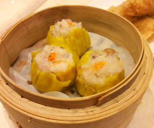 Foto 2 - Makanan di Dim Sum Central oleh MWenadiBase
