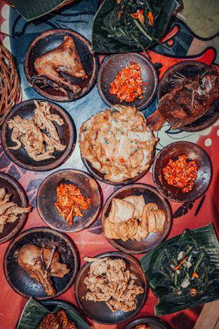Foto 1 - Makanan di Waroeng SS oleh Indra Mulia