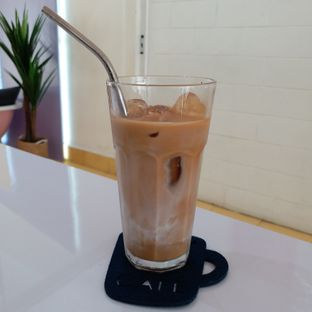 Foto 3 - Makanan(Latte) di Tjarani Cafe oleh Kuliner Limited Edition