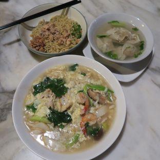 Foto 1 - Makanan di Locupan Lovers oleh Astrid Wangarry