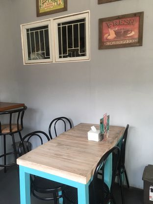 Foto 6 - Interior di Moska Cafe & Eatery oleh Prido ZH