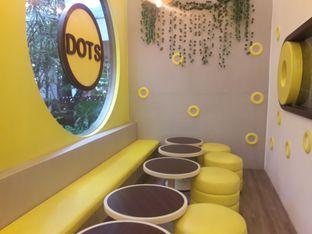 Foto 1 - Interior di Dots Donuts oleh Nadia Indo