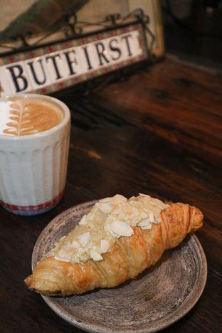 Foto 1 - Makanan di But First Coffee oleh thehandsofcuisine
