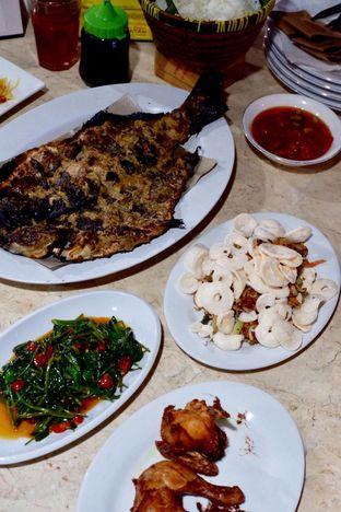 Foto 7 - Makanan di Pondok Ikan Bakar Khas Kalimantan oleh yudistira ishak abrar