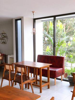 Foto 22 - Interior di Likely Cafe & Resto oleh yudistira ishak abrar