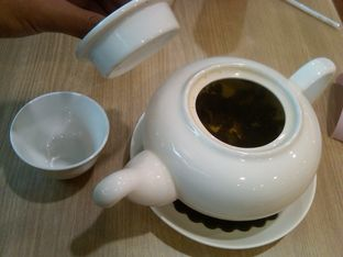 Foto 5 - Makanan(Chinese Green Tea (IDR 8.9K) ) di Imperial Kitchen & Dimsum oleh Renodaneswara @caesarinodswr