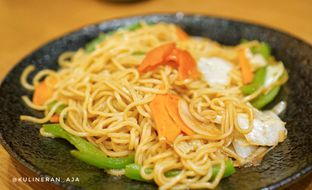 Foto 2 - Makanan(Yakisoba) di Sushi Tei oleh @kulineran_aja