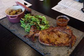 Foto D'Kevin Bar, Bistro & Steak