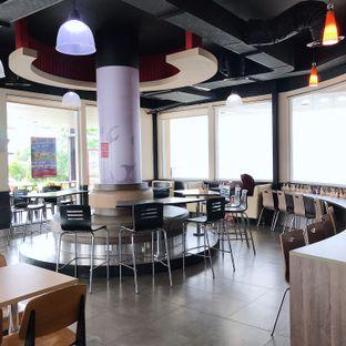 Foto 4 - Interior di Burger King oleh Della Ayu