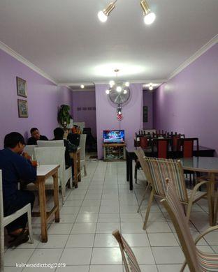 Foto 2 - Interior di R&R Resto oleh Kuliner Addict Bandung