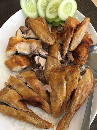 Foto 1 - Makanan(Ayam binjai) di Ta Huang Restaurant oleh Jeljel