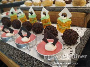 Foto 7 - Makanan di Canting Restaurant - Teraskita Hotel managed by Dafam oleh Debora Setopo