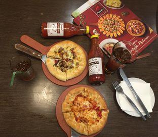 Foto 2 - Makanan di Pizza Hut oleh Theodora
