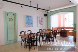 Foto review Please Please Please oleh Jessica Sisy 9