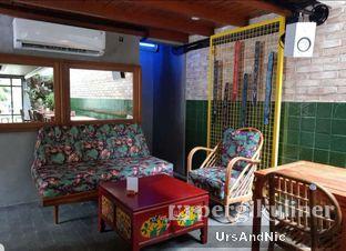 Foto 8 - Interior di Mikkro Espresso oleh UrsAndNic