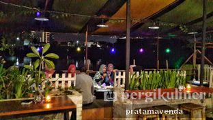 Foto review Latarombo Riverside Cafe oleh Venda Intan 10