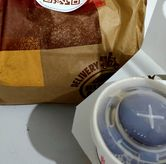 Foto Paper bag di Burger King