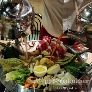 Foto 2 - Makanan(Beef and Mushroom Hotpot) di Koba oleh JC Wen