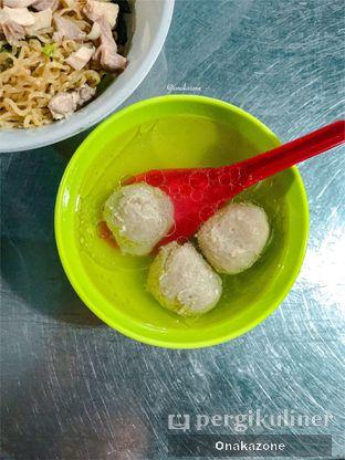 Foto 2 - Makanan di Bakmi Lung Kee oleh Onaka Zone