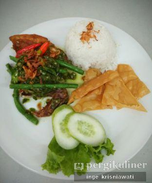 Foto 1 - Makanan(Nasi Ayam Ijo) di Warung Kemuning oleh Inge Inge