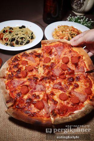 Foto 3 - Makanan di Expatriate Restaurant oleh Fioo | @eatingforlyfe