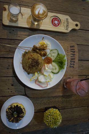 Foto 4 - Makanan di Happiness Kitchen & Coffee oleh yudistira ishak abrar