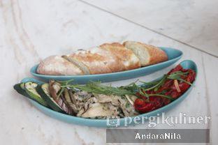Foto 2 - Makanan(MIx Tapas) di Atico by Javanegra oleh AndaraNila