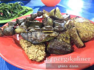 Foto 2 - Makanan di Nasi Uduk Kota Intan (Aweng) oleh Ghina Darin @gnadrn