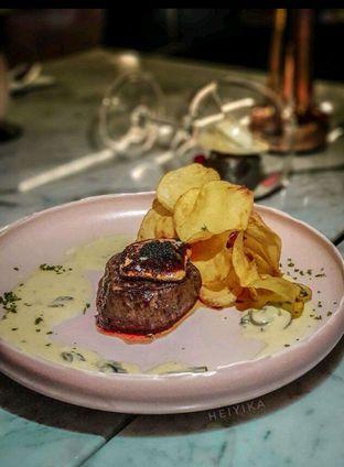 Foto review Lume Restaurant & Lounge oleh heiyika  1