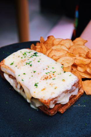 Foto 1 - Makanan di Lume Restaurant & Lounge oleh Indra Mulia