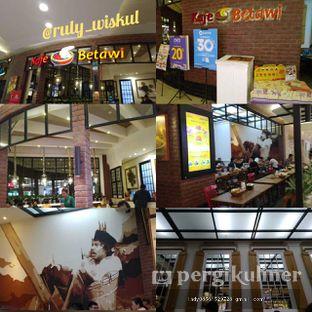 Foto 12 - Interior di Kafe Betawi oleh Ruly Wiskul