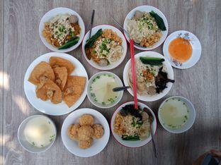 Foto 2 - Makanan di Bakmie Tjap Ayam oleh Chris Chan