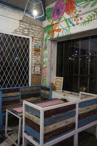Foto 17 - Interior di Happiness Kitchen & Coffee oleh yudistira ishak abrar