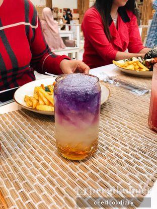 Foto 7 - Makanan(Flying Purple) di Hey Beach! oleh @chelfooddiary