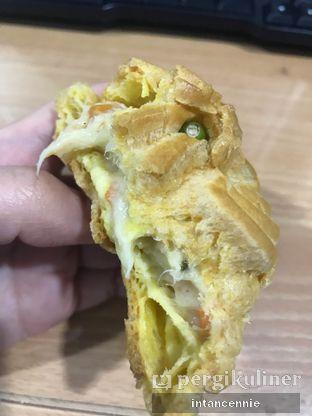 Foto 8 - Makanan di Boens Soes & Kopi oleh bataLKurus
